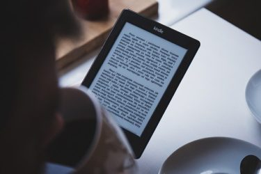 Kindle paperwhiteの読書生活2か月継続してみて感じた生活の変化
